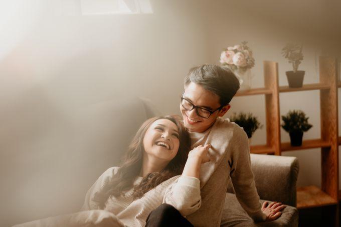 Studio Pre Wedding Devina & Denis by Bondan Photoworks - 018