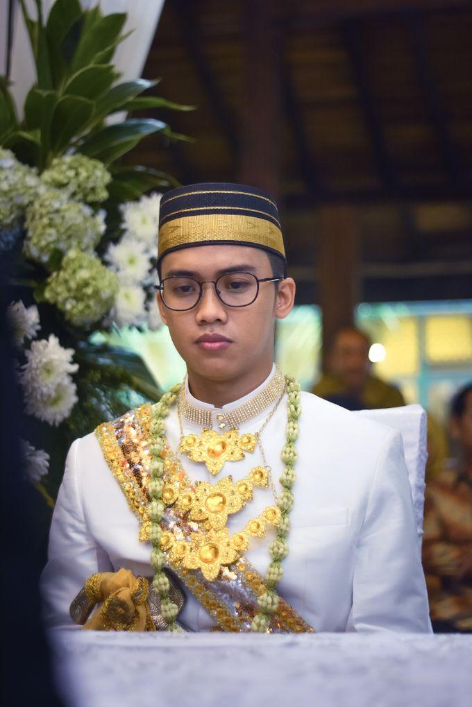 Wedding fakhri dan Zackia by Fakhri photography - 011