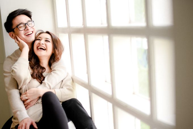 Studio Pre Wedding Devina & Denis by Bondan Photoworks - 009