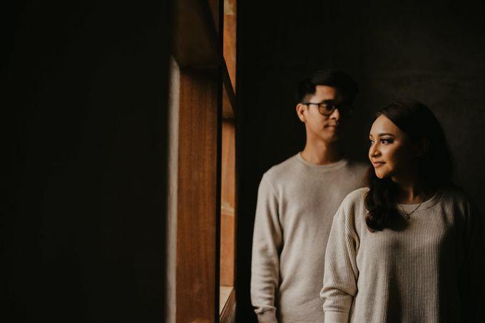 Studio Pre Wedding Devina & Denis by Bondan Photoworks - 012