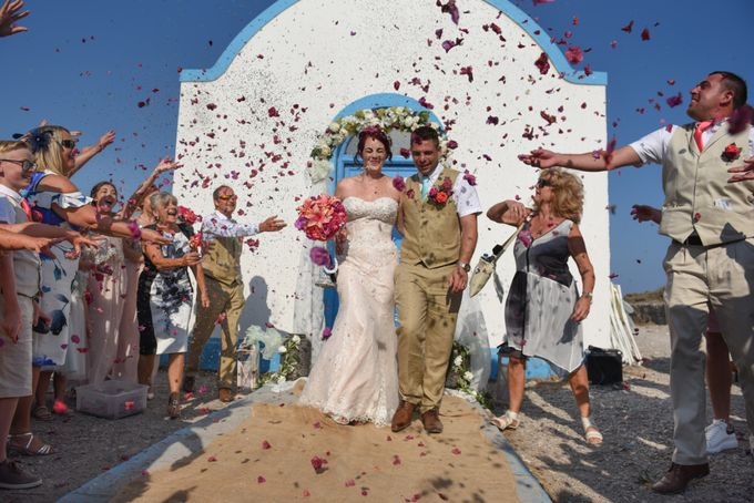 amazing wedding in Santorini by Christos Pap photography - 013