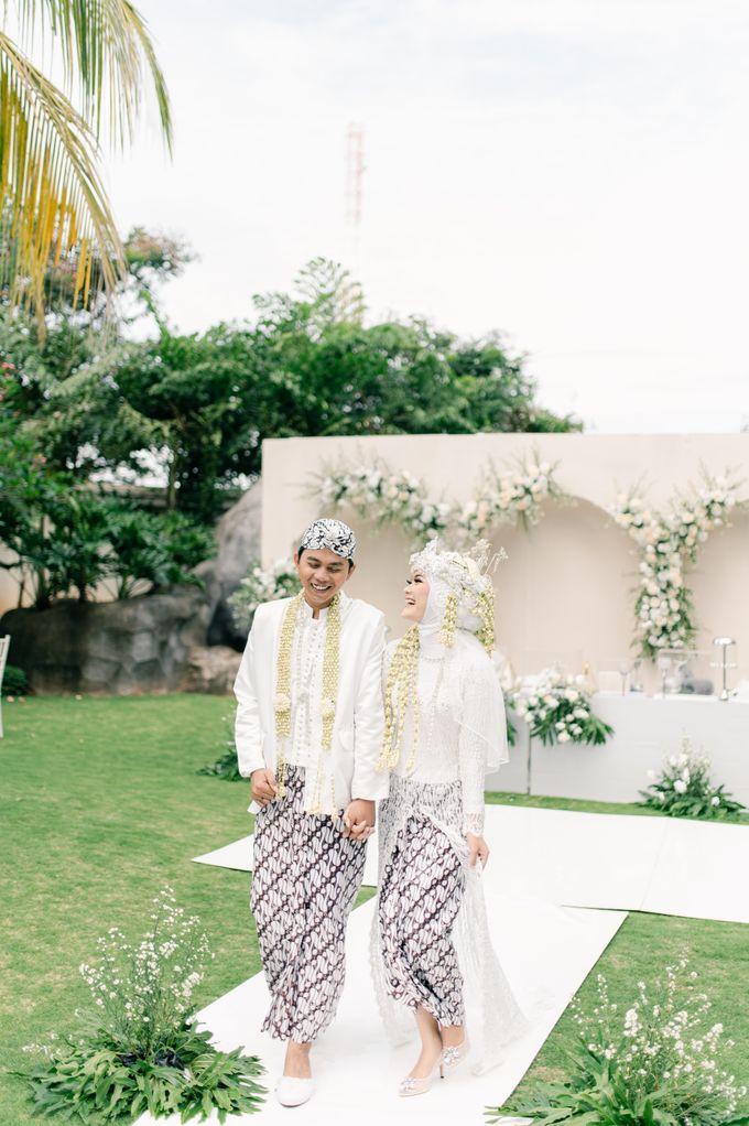 Wedding Devi & Rifki by Mecha Photo - 013