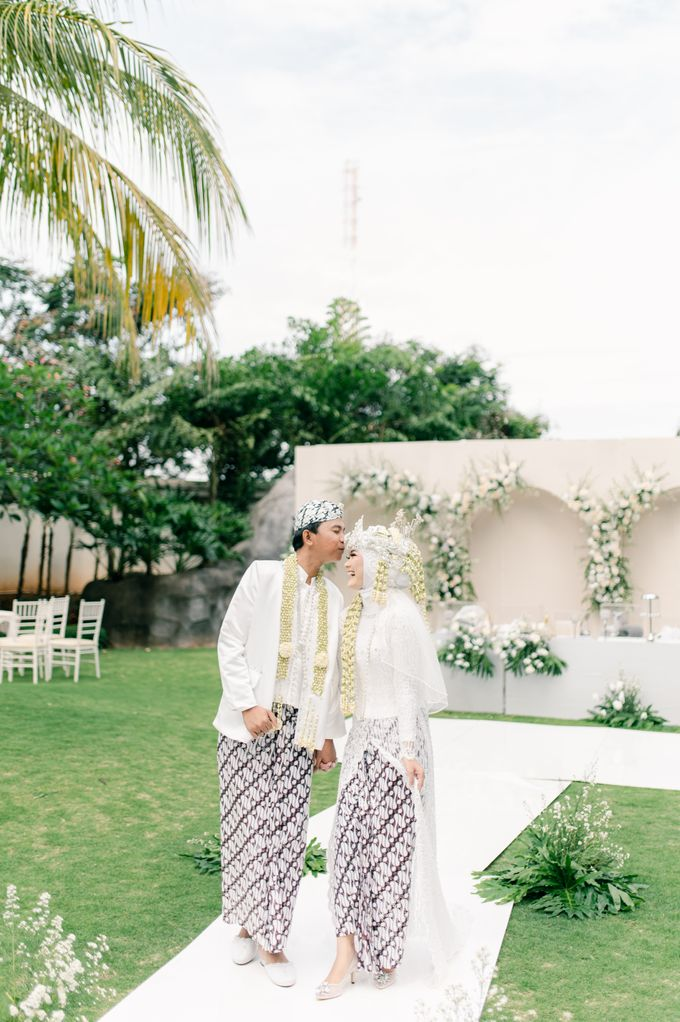 Wedding Devi & Rifki by Mecha Photo - 014