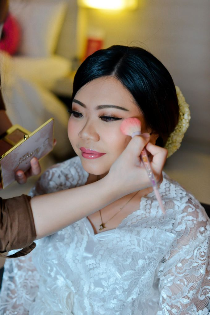 The Wedding Day Of Dhony & Marlena by Favor Brides - 002