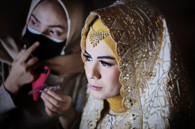 From The Traditional West Sumatra Wedding of Irsyad & Shella by Khayim Beshafa One Stop Wedding - 004