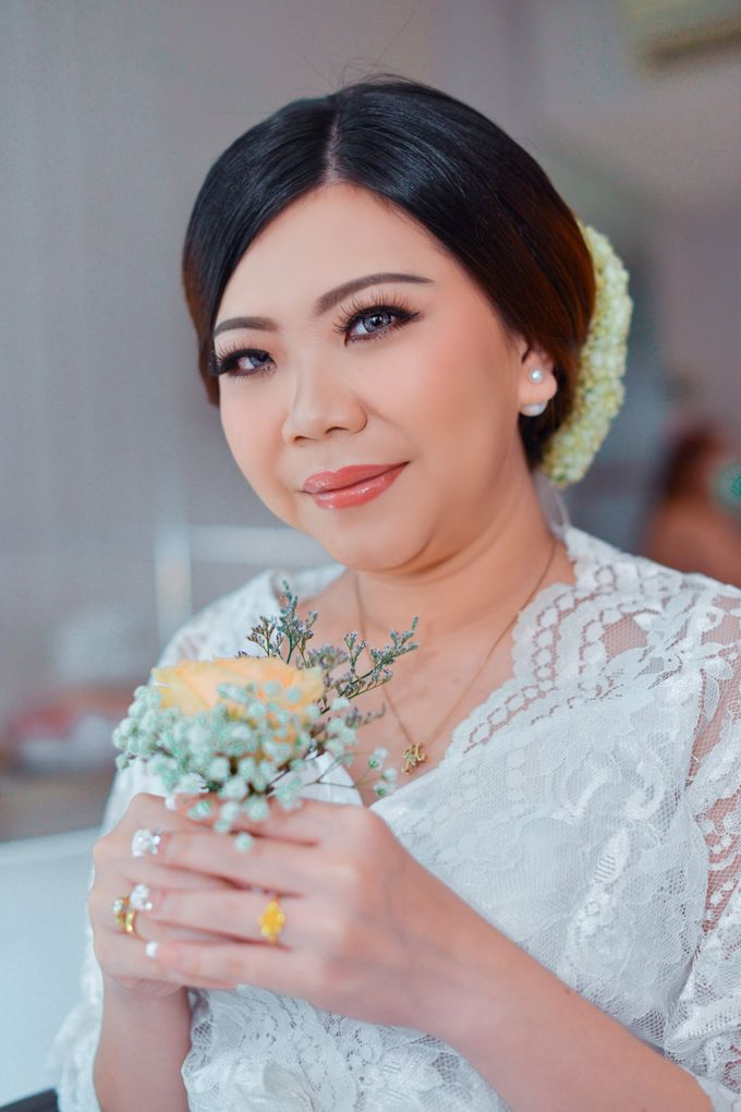 The Wedding Day Of Dhony & Marlena by Favor Brides - 021