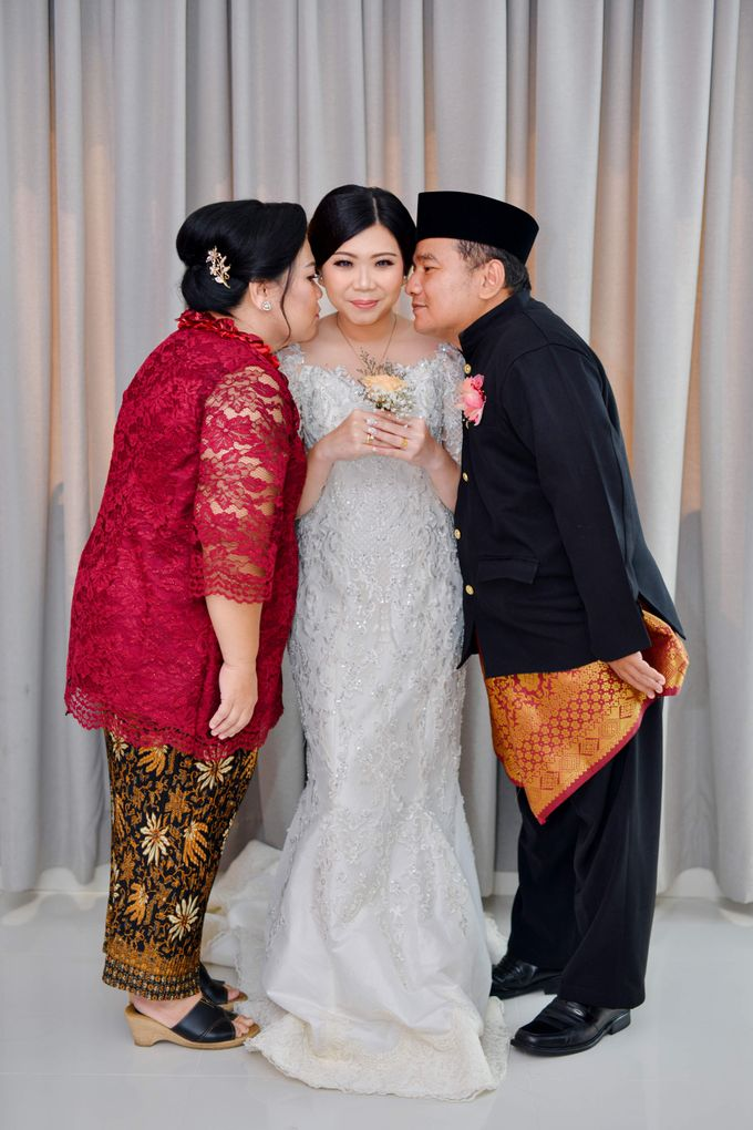 The Wedding Day Of Dhony & Marlena by Favor Brides - 022