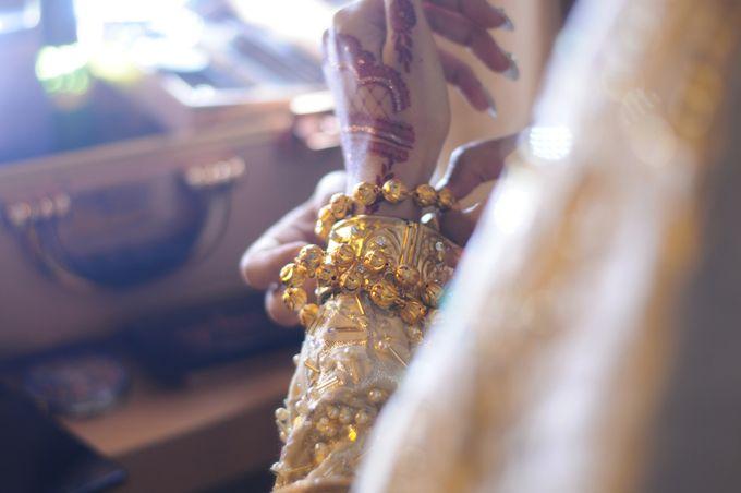 From The Traditional West Sumatra Wedding of Irsyad & Shella by Khayim Beshafa One Stop Wedding - 006