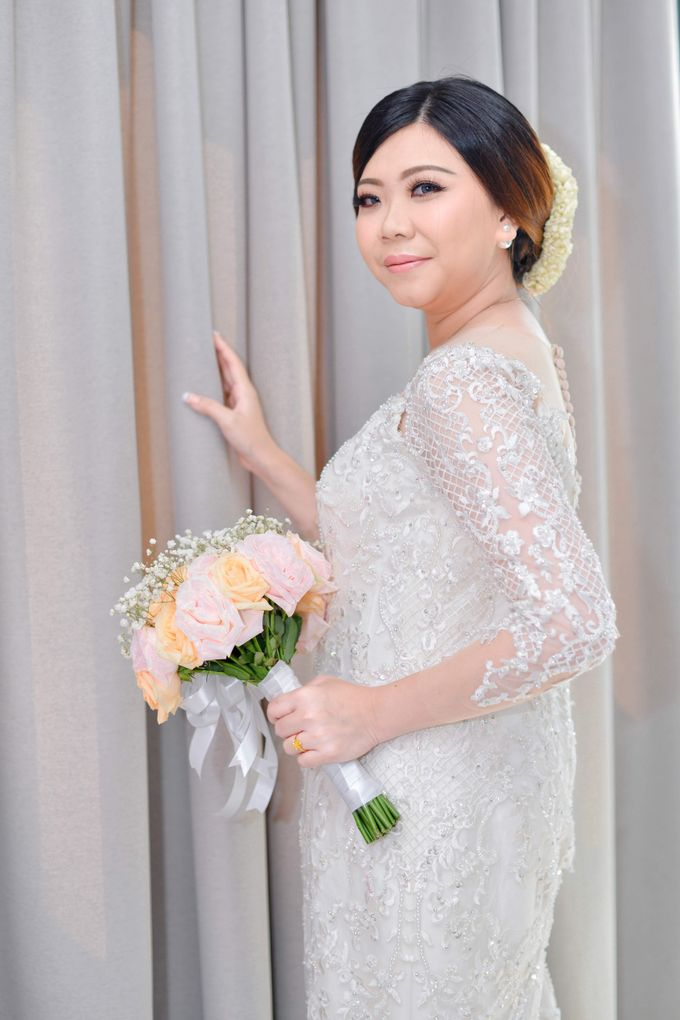 The Wedding Day Of Dhony & Marlena by Favor Brides - 018