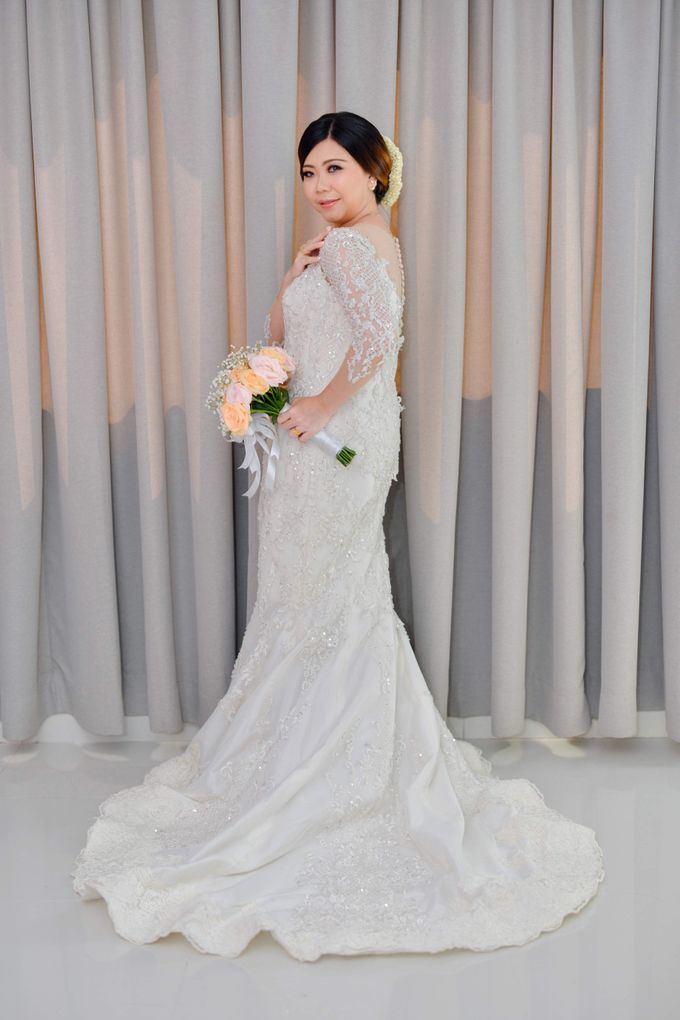 The Wedding Day Of Dhony & Marlena by Favor Brides - 011