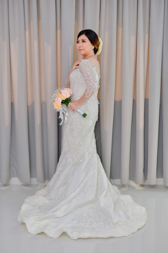 The Wedding Day Of Dhony & Marlena by Favor Brides - 001