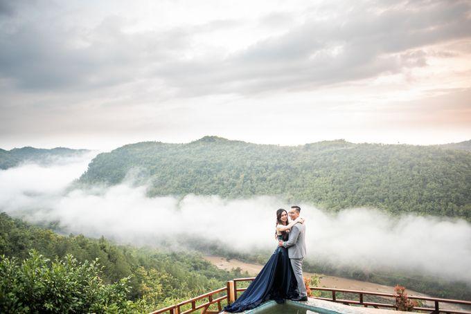 the Pre Wedding story of Febby & Vidi by Bondan Photoworks - 002