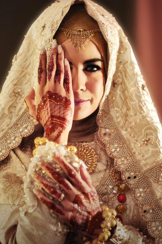 From The Traditional West Sumatra Wedding of Irsyad & Shella by Khayim Beshafa One Stop Wedding - 002
