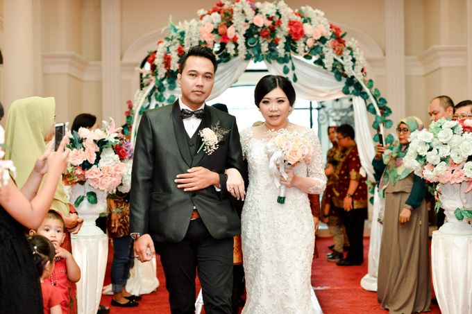 The Wedding Day Of Dhony & Marlena by Favor Brides - 031