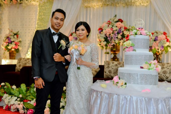 The Wedding Day Of Dhony & Marlena by Favor Brides - 025