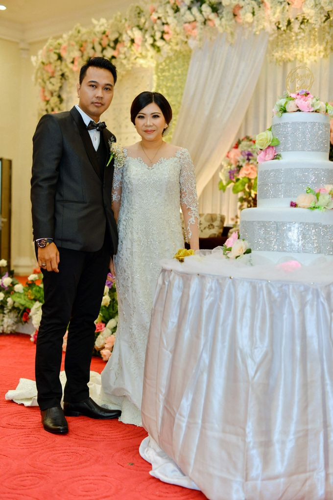 The Wedding Day Of Dhony & Marlena by Favor Brides - 030