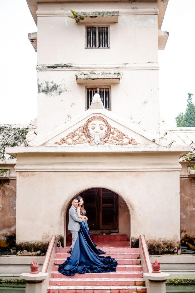 the Pre Wedding story of Febby & Vidi by Bondan Photoworks - 016