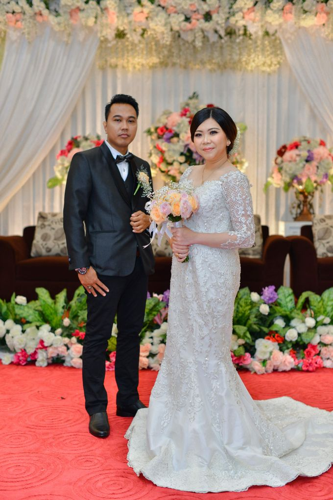 The Wedding Day Of Dhony & Marlena by Favor Brides - 027
