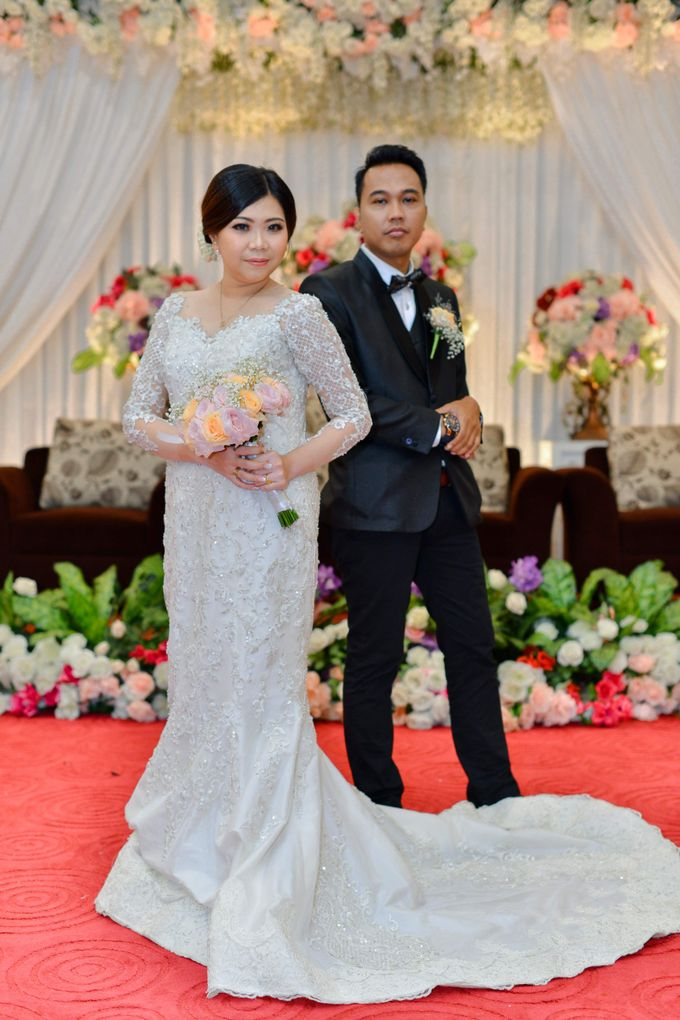 The Wedding Day Of Dhony & Marlena by Favor Brides - 005