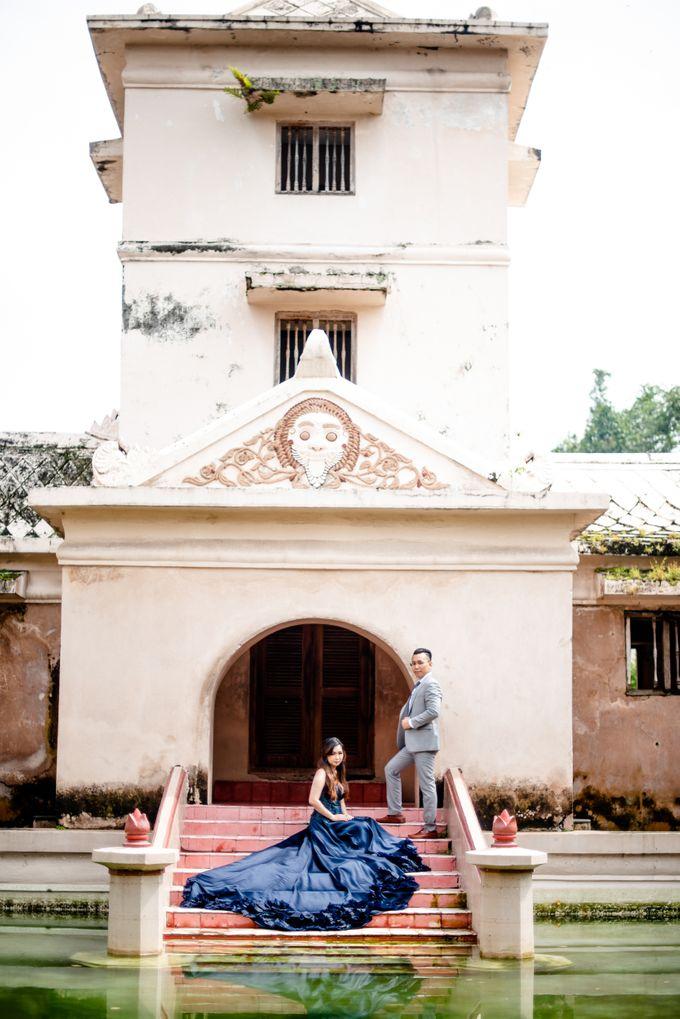 the Pre Wedding story of Febby & Vidi by Bondan Photoworks - 013