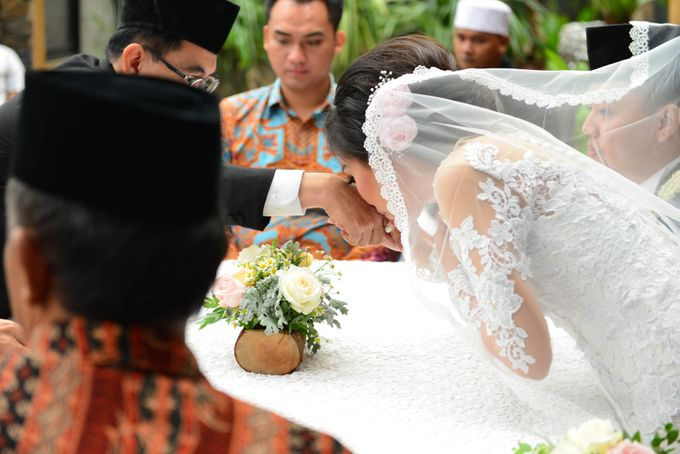 Raymond & Laura Wedding by MariMoto Productions - 010