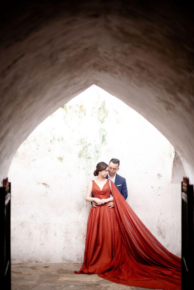 the Pre Wedding story of Febby & Vidi by Bondan Photoworks - 010