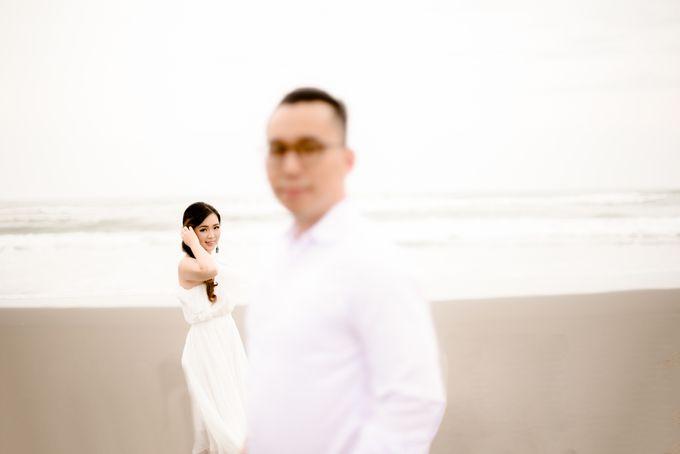 the Pre Wedding story of Febby & Vidi by Bondan Photoworks - 014