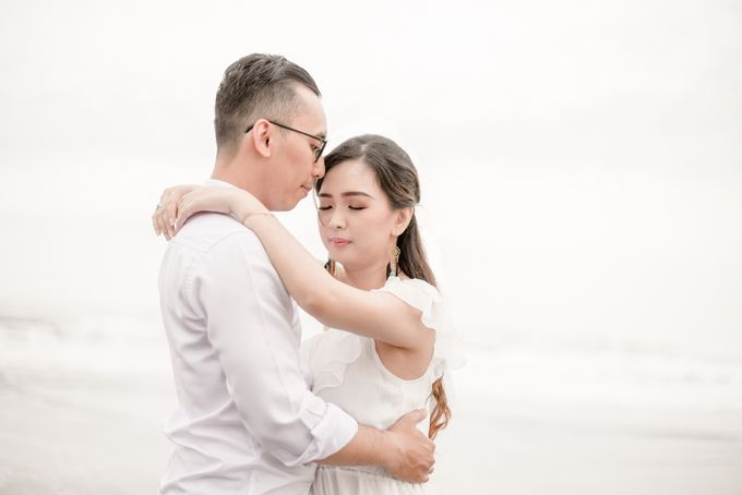 the Pre Wedding story of Febby & Vidi by Bondan Photoworks - 009
