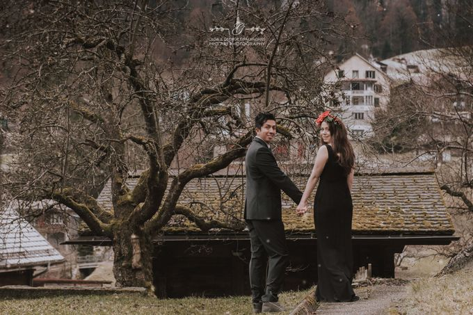 Swiss Alps Pre Wedding Photo Shoot by George Chalkiadakis Pro Art Photography - 014