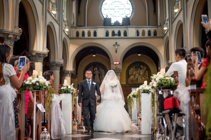 The Wedding of  Efeline & Fion by Bondan Photoworks - 010