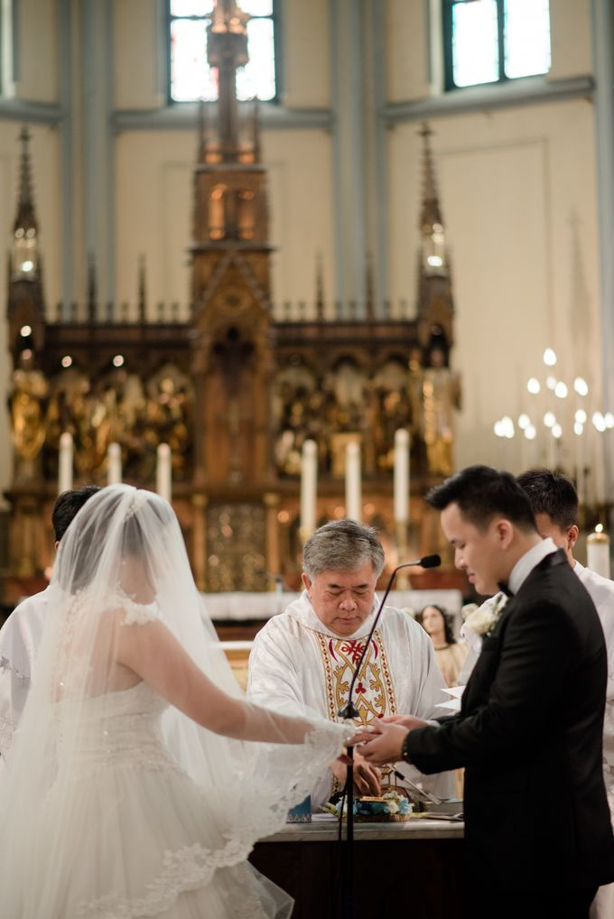 The Wedding of  Efeline & Fion by Bondan Photoworks - 016