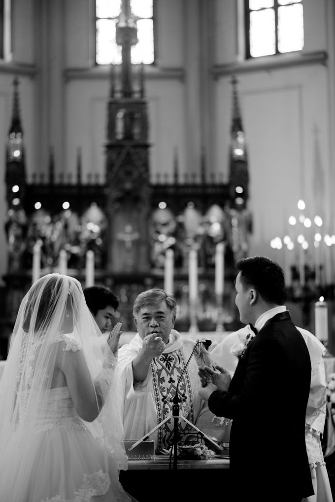 The Wedding of  Efeline & Fion by Bondan Photoworks - 017