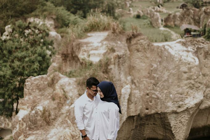 shyla & wildan couple session by akar photography - 011