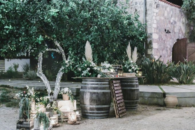 Boho Wedding at Manousakis Winery by George Chalkiadakis Pro Art Photography - 032