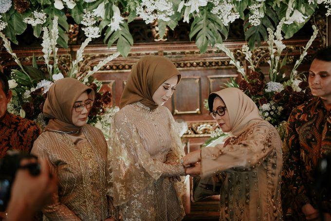 dhita & harsen's engagement by akar photography - 021
