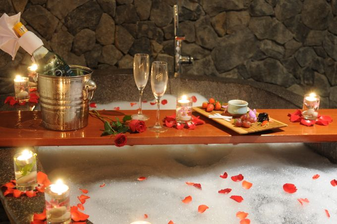 Honeymoon arrangement in the room by Theanna Eco Villa and Spa - 004