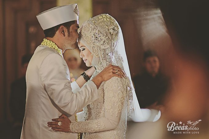The Wedding Of Anes + Rendy by beeasphoto - 015