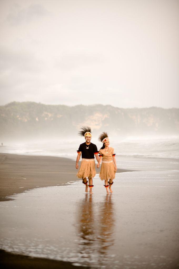 Pre Wedding Ines & Moses by Bondan Photoworks - 021