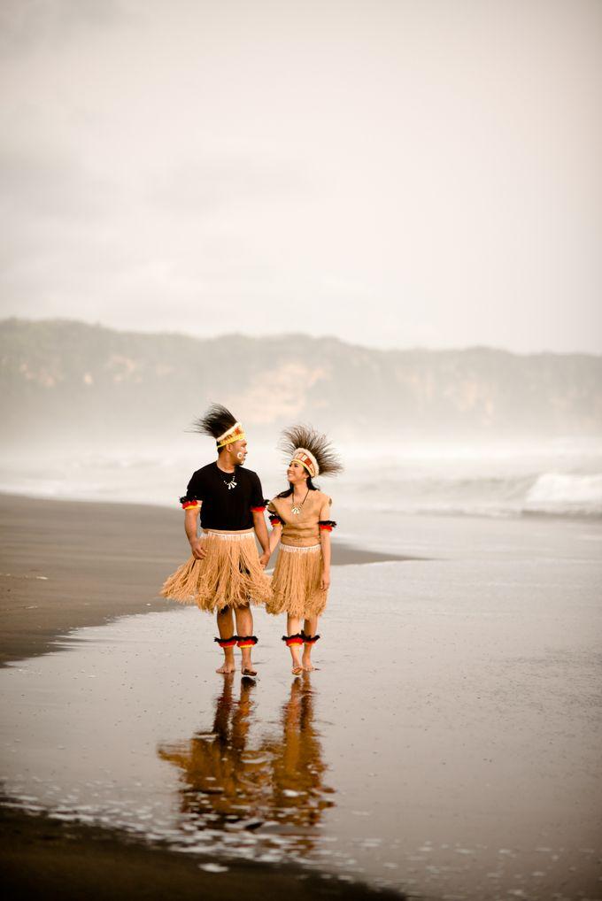 Pre Wedding Ines & Moses by Bondan Photoworks - 023