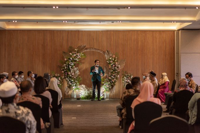 Engagement Annisa & Hedityo by Weddingscape - 002
