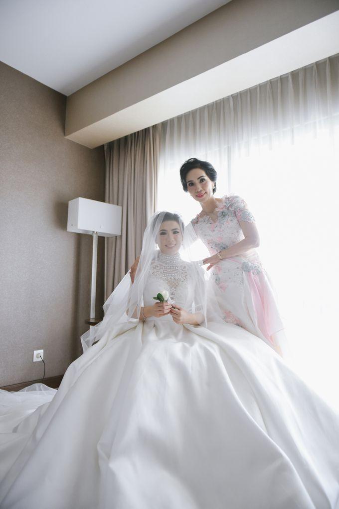 THE WEDDING OF ROCKY & DEASY by Alluvio - 037