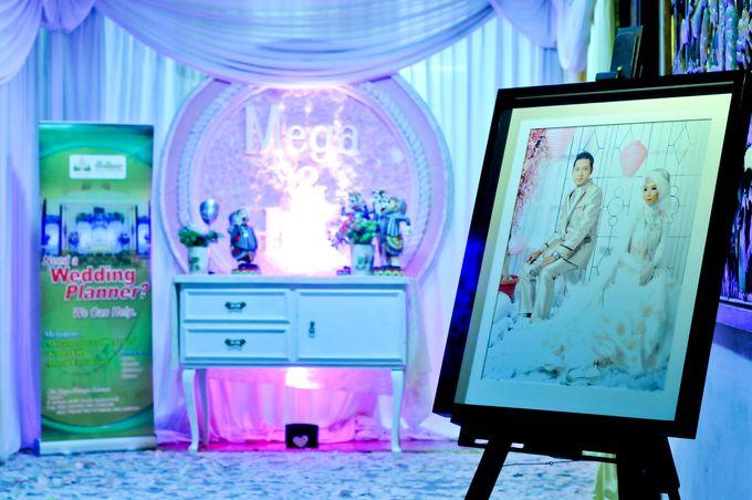 Contoh Dekorasi Modern by Mezuira MakeUp & Hijab Style - 001