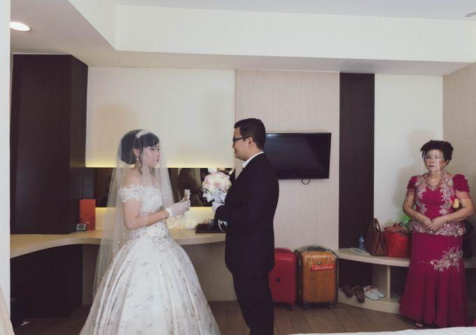Intimate Wedding VIP 2 Wenny & Edy by Weddingscape - 014