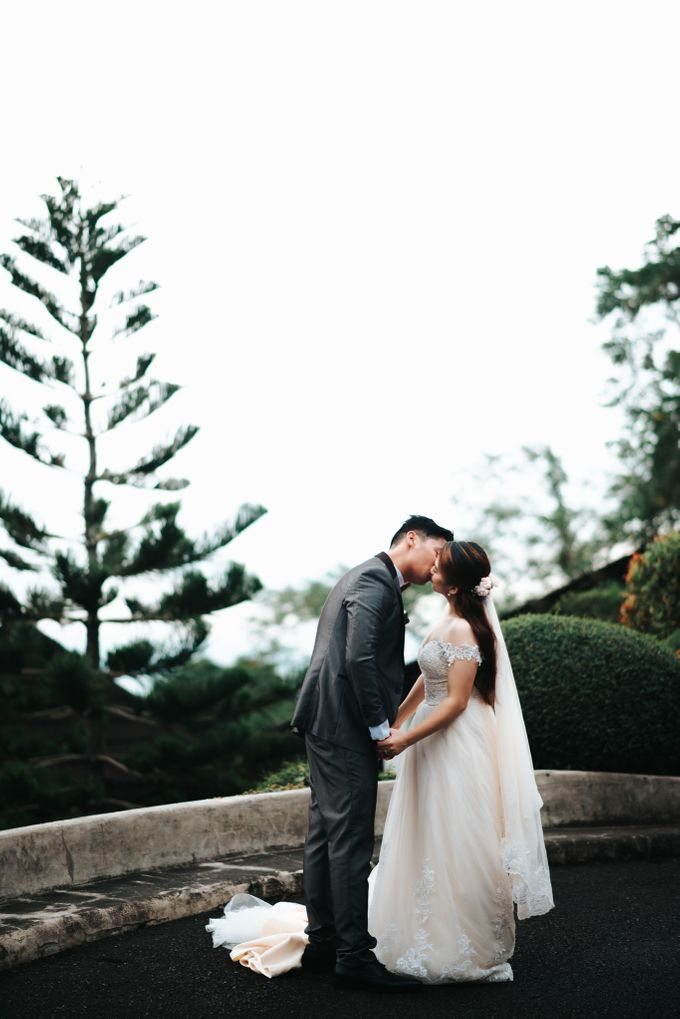 Mac x Erica - Tagaytay Wedding by We Finally Made It - 009