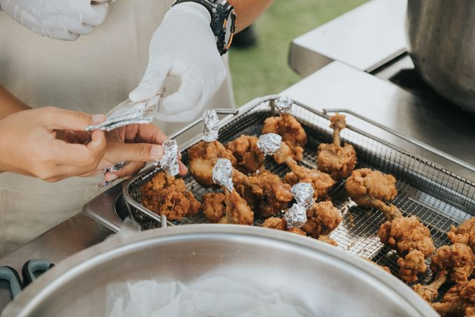 Plated buffet - Angelina & Arland by Kaminari Catering - 030
