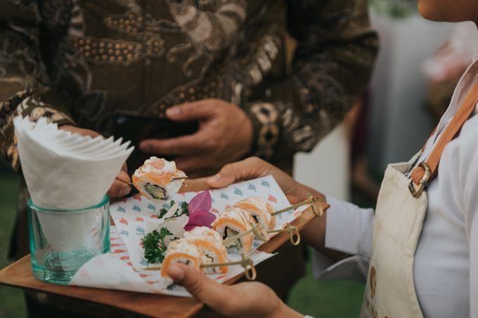 Plated buffet - Angelina & Arland by Kaminari Catering - 038