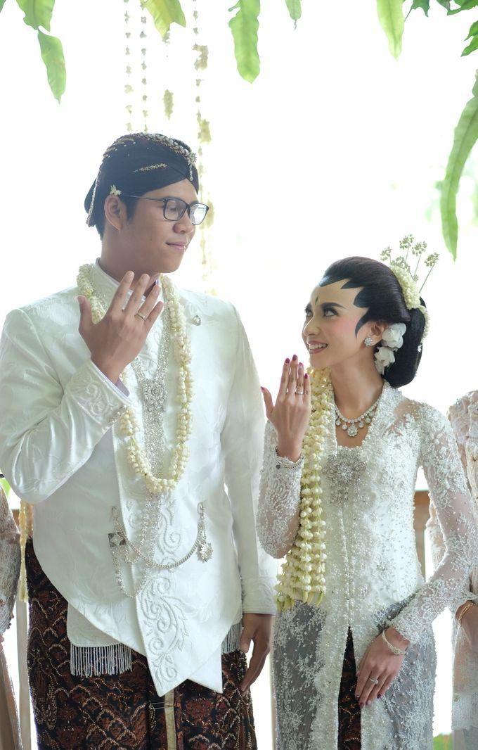 The Wedding of Mira & Zaki by DELMORA - 013
