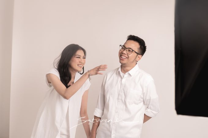 Pre Wedding of  Nadya and Tezza by Saturasi Moment - 001