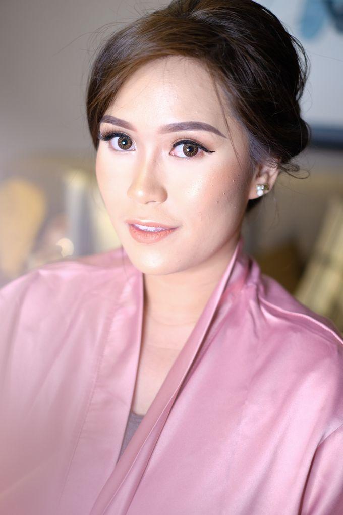bridesmaid makeup by Novysarilim Makeup - 012