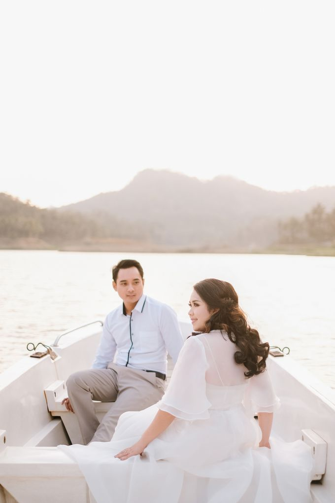 PREWEDDING OF DIMAS & SHEILA by Alluvio - 016